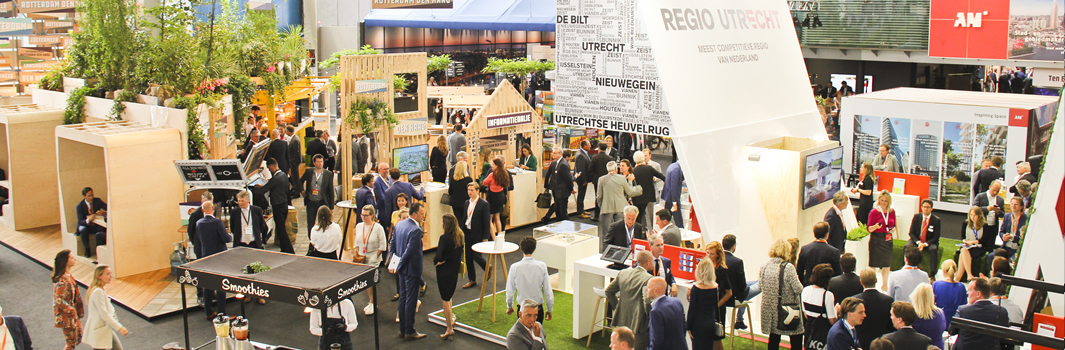 Syntrus Achmea Real Estate and Finance (Rabobank Pensionfonds) organiseert een 'Take a seat' rond het thema PassiefBouwen op de provada 2019.